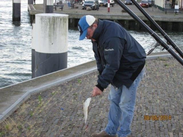 Henk enTheo, 2 Limburgers gaan vissen