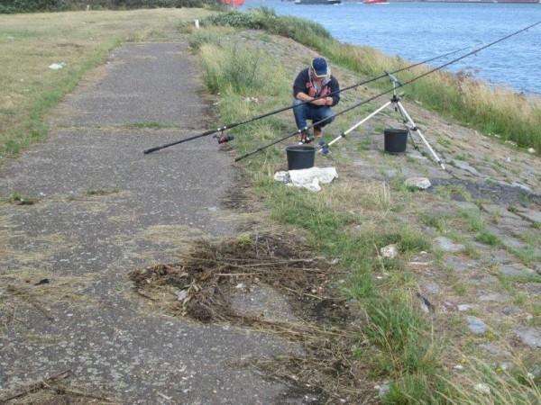 2 Limburgers vissen aan Domburg/Vlaardingen