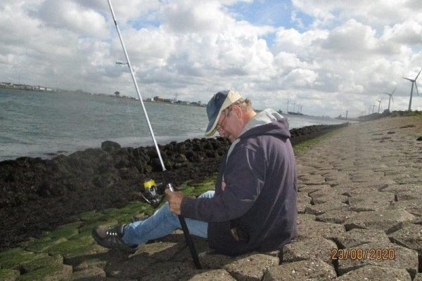Henk en Theo, tong vissen Waterweg