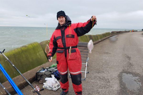 Joeri, vissen aan de Zuid-pier van Ijmuiden