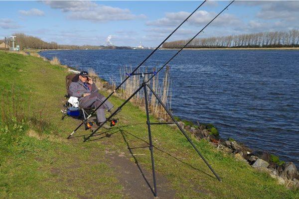 Kees en Willy, vissen aan het NZK