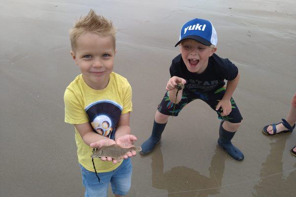 Jeff en Kids, strandvisserij